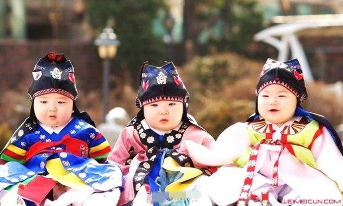 宋家三胞胎婴儿照