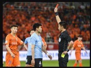 足协重罚球员李帅被罚6万元 挑衅张稀哲的陈雷却没有受到任何处罚