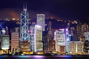 香港知名表行E时代:1天开单500张背后是多年的正品销售之道