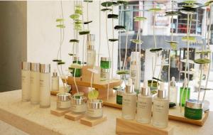 从成分到理念 强调天然安全的韩国黑马护肤品牌