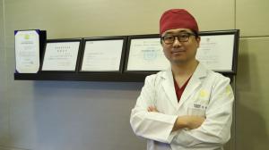 TS整形外科医院李相均院长下巴截骨术V脸打造